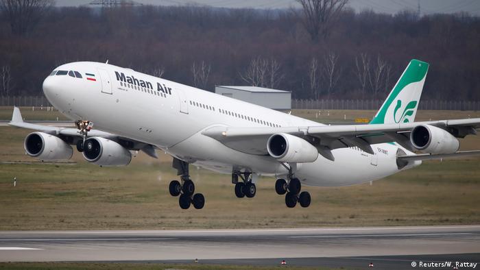 Deutschland | Airbus A340-300 der iranischen Fluglinie Mahan Flughafen Düsseldorf (Reuters/W. Rattay)