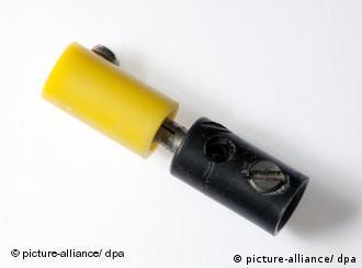 Schwarz-gelbe Steckverbindung (Foto: dpa)