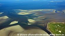 Deutschland Insel Neuwerk mit Elbfahrwasser