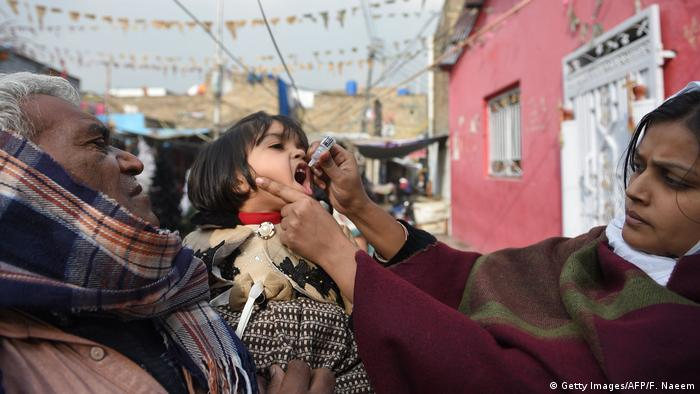 Pakistan's fight against COVID-19 threatens polio, measles vaccine programs