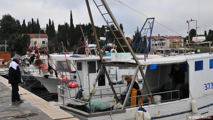 Kroatien - Fischerboote in Rijeka