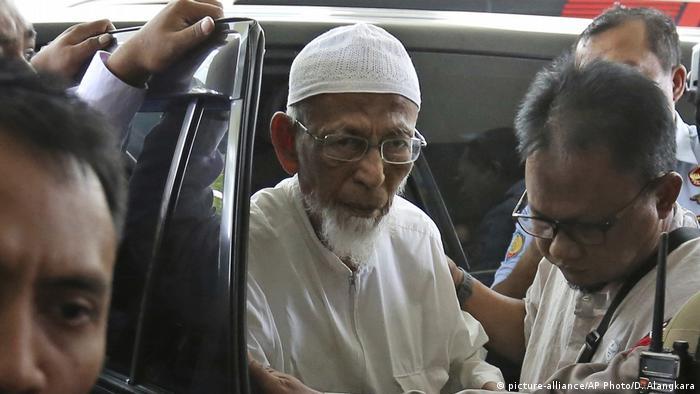 Indonesien Prozess Abu Bakar Bashir (picture-alliance/AP Photo/D. Alangkara)