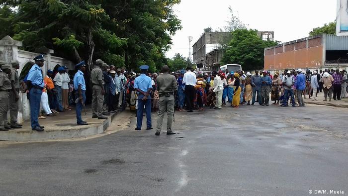 Mosambik Unterstützer von Manuel de Araujo in Quelimane