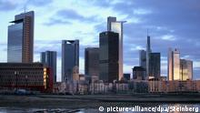Frankfurt skyline (picture-alliance/dpa/Steinberg)