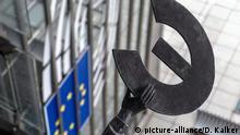 Belgien Statue Europa vor EU-Parlament in Brüssel