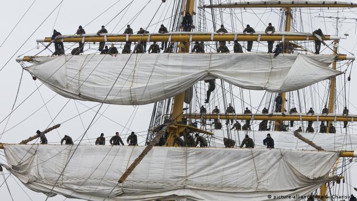Segelschulschiff Gorch Fock (picture-alliance/dpa/C. Charisius)