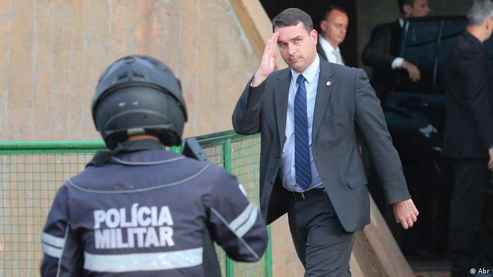 Flávio Bolsonaro, senador eleito e filho do presidente: figura central do escândalo