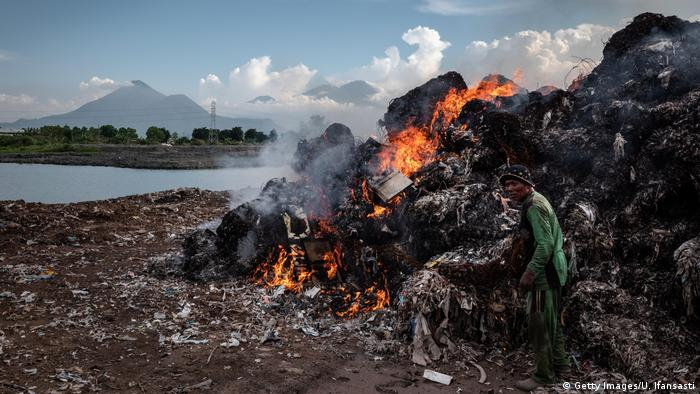 Garbage burning in Indonesia