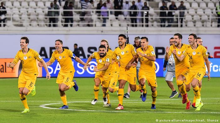 Asienmeisterschaft 2019 | Australien vs. Usbekistan (picture-alliance/Imagechina/L. Shanze)