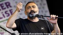 Turgut Öker bei der Kundgebung der Vereinigung 'Mala Kurda' auf dem Neumarkt. Köln, 26.05.2018   Verwendung weltweit