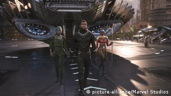 Filmszene Black Panther (picture-alliance/Marvel Studios)