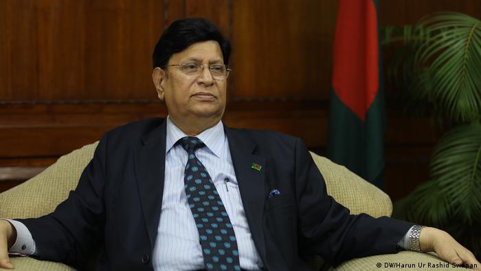 AK Abdul Momen, Außenminister von Bangladesch