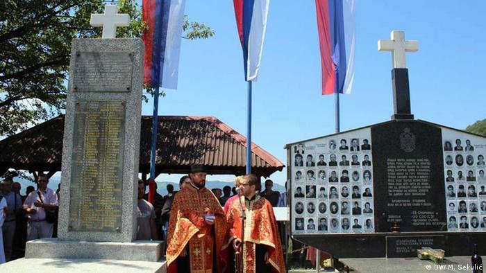 Spomenik poginulim Srbima u selu Zalazju