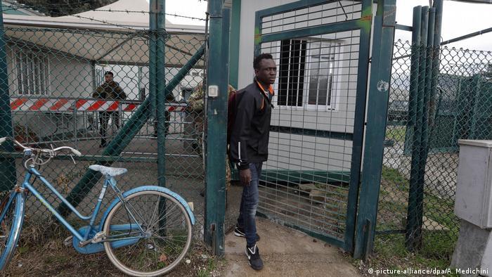 Castelnuovo di Porto refugee home