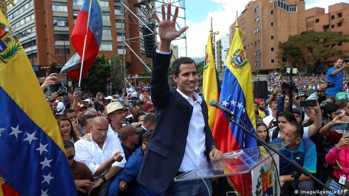 Venezuelan opposition leader Juan Guaido declares himself acting