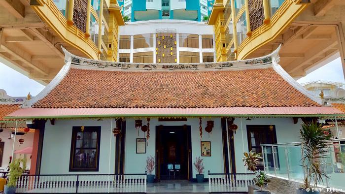 alte chinesische Architektur in Indonesien Jakarta (DW/M. Rijkers)