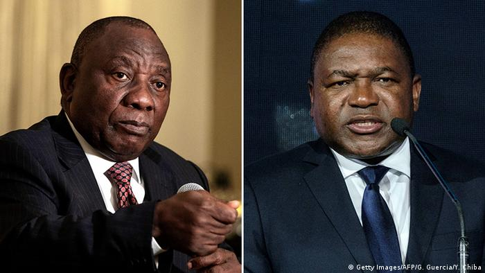 Cyril Ramaphosa, Presidente da África do Sul (esq.), e o seu homólogo moçambicano, Filipe Nyusi