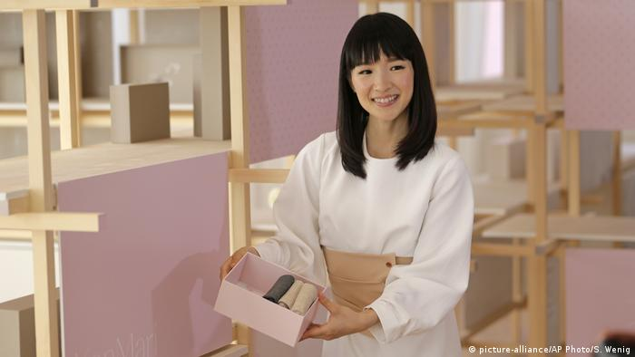 USA Marie Kondo (picture-alliance/AP Photo/S. Wenig)
