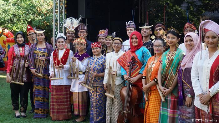Indonesischer Chor (DW/S. Caroline)