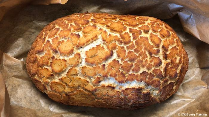 Baking Bread: Tigerbrot aus den Niederlanden (Copyright: DW/Georg Matthes)