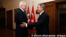 James Jeffrey und Hulusi Akar