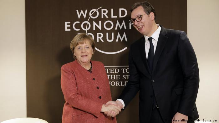 Schweiz Weltwirtschaftsforum in Davos | Angela Merkel und Aleksandar Vucic