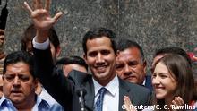 25.01.2019 Venezuela's opposition leader Juan Guaido gestures as he attends a news conference in Caracas, Venezuela, January 25, 2019. REUTERS/Carlos Garcia Rawlins