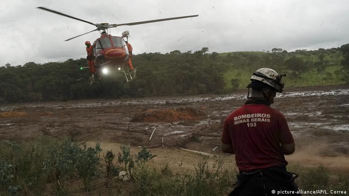 Brasilien, Brumadinho: Dammbruch (picture-alliance/AP/L. Correa)
