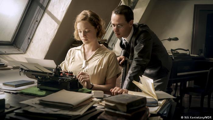 Filmfestival Berlinale 2019 Berlinale Special | Film Brecht (Nik Konietzny/WDR)