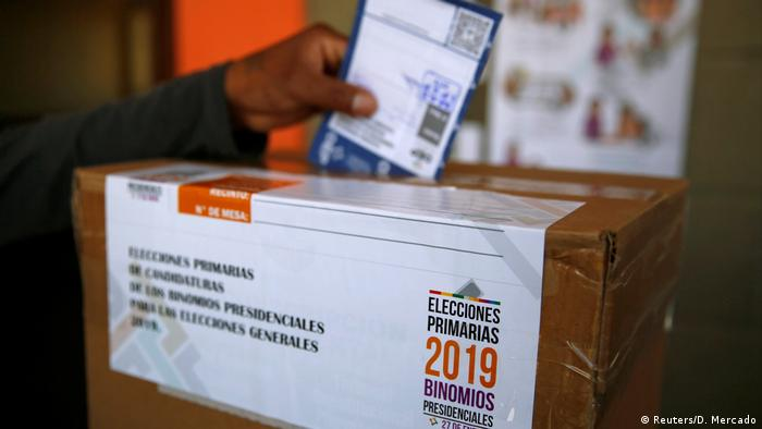 Bolivien | Wahllokal in LaPaz - Vorwahlen