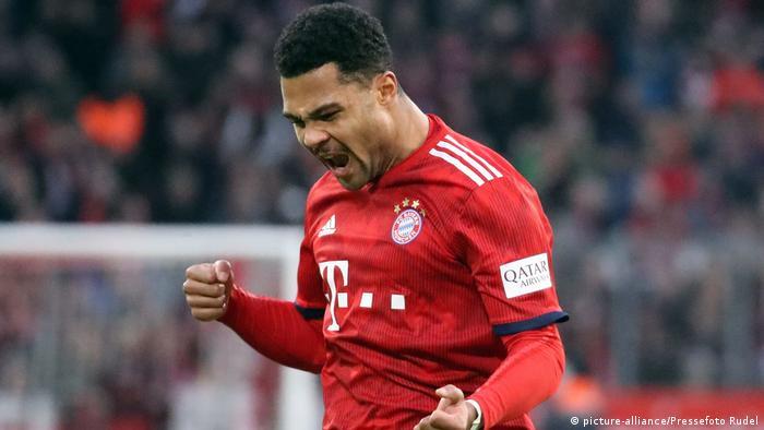Fußball Bundesliga | 19. Spieltag | FC Bayern München - VfB Stuttgart | Torchütze 2:1 Gnarby (picture-alliance/Pressefoto Rudel)