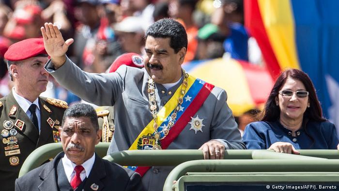 Venezuela Präsident Nicolas Maduro während der Militärparade in Caracas (Getty Images/AFP/J. Barreto)