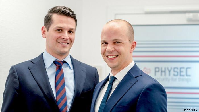 Die beiden Geschäftsführer von Physec: Christian Zenger (links) und Heiko Koepken - IT-Sicherheit mit Hilfe von Radiowellen