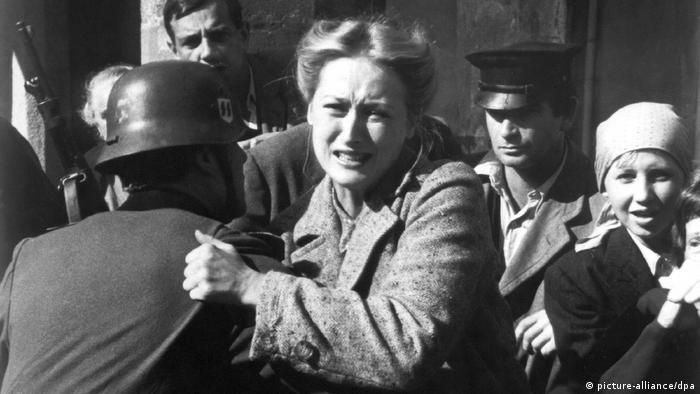 Meryl Streep em cena da série Holocausto
