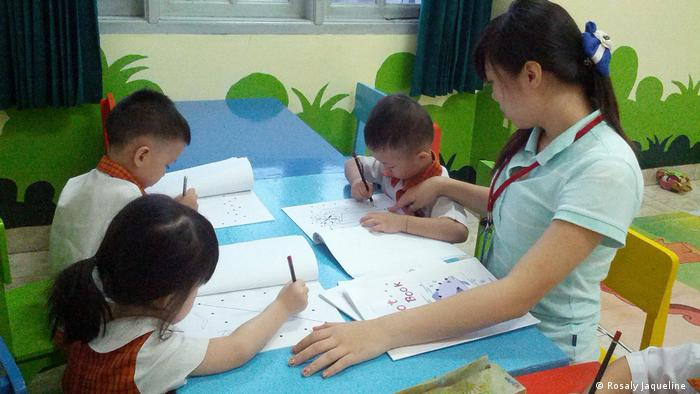 Indonesien Rosaly und Sprachstudie