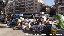 Italien Müllentsorgung in Rom