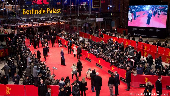 Internationale Filmfestspiele Berlin 2019 | Berlinale Palast Eingang (Berlinale 2014/Richard Hübner)
