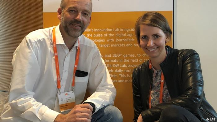 Lab-Mitarbeiter Angela Kea und Andy Giefer (LAB)