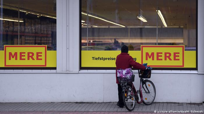 First Mere shop was opened on the outskirts of Leipzig (picture-alliance/dpa/H. Schmidt)