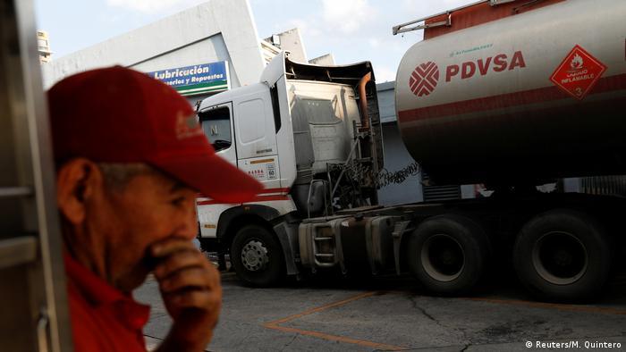 Foto de tanque de PDVSA
