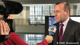 Manfred Weber im DW Interview (DW/R. Wiederwald)