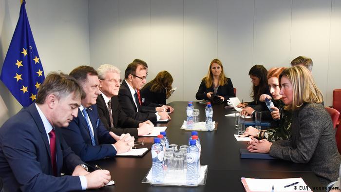 Glavna tema sastanka u Briselu bio je put BiH u Evropsku uniju, ali i političke prilike u BiH, prije svega proces formiranja vlasti.