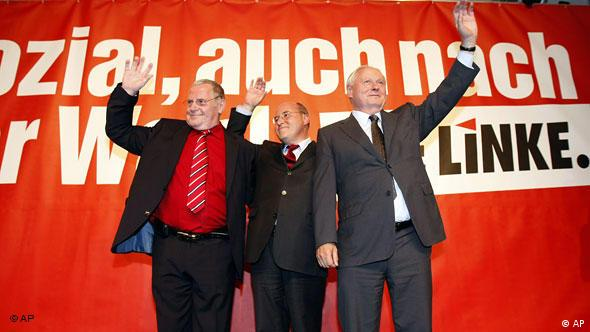 Oskar Lafontaine, right, top candidate and chairman of the German Left Party, Die Linke, the party's faction leader Gregor Gysi, center, and co-chairman Lothar Bisky, left, react after the German general elections in Berlin, Germany, Sunday, Sept. 27, 2009. Projections show the Left Party at more than 12 percent. (AP Photo/Thomas Kienzle)