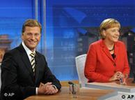 Angela Merkel (CDU) y Guido Westerwelle (FDP) en debate televisivo luego del triunfo electoral.