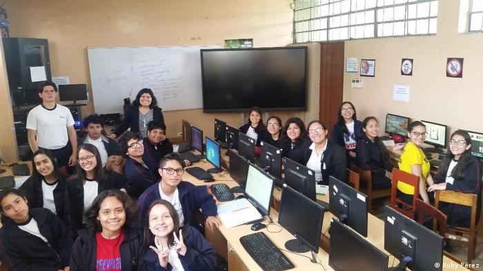 Deutschlehrerin Ruby Pérez aus Peru initiiert virtuelles Austauschprojekt zum Fremdsprachen lernen