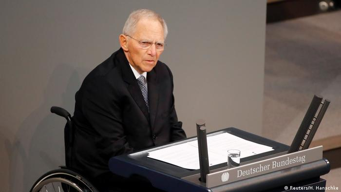 Wolfgang Schäuble giving a speech in the Bundestag