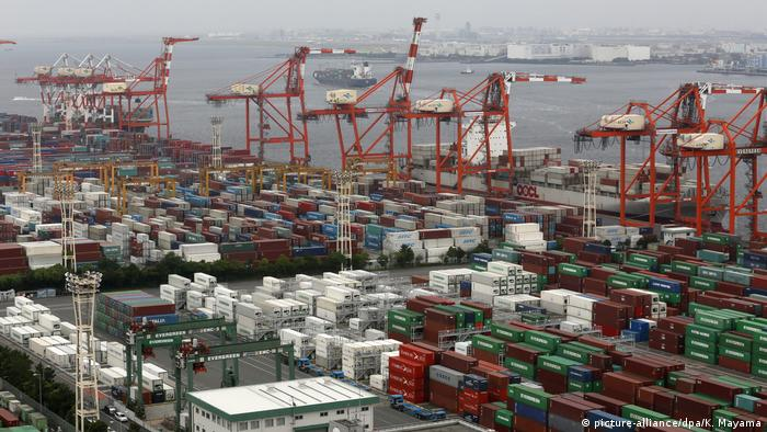 Freihandelsabkommen EU - Japan JEFTA (picture-alliance/dpa/K. Mayama)