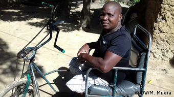 Mosambik Jorge Emílio kämpft für Inklusion in Quelimane