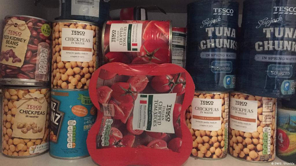 Worried About Brexit Brits Stockpile Food Supplies Europe