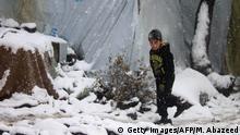 Syrien Kinder im Winter auf der Flucht